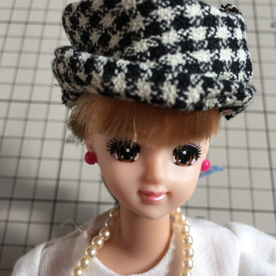 ドール服にぜひ合わせたい、帽子の作り方