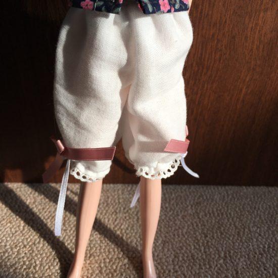 ドール服ワンピースの下に着てもかわいい、「ドロワーズ」の作り方