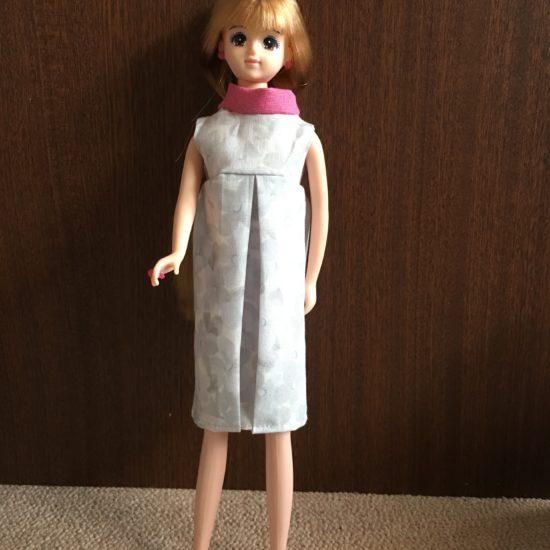ドール服、60年代のレトロなラウンドネックワンピースの作り方