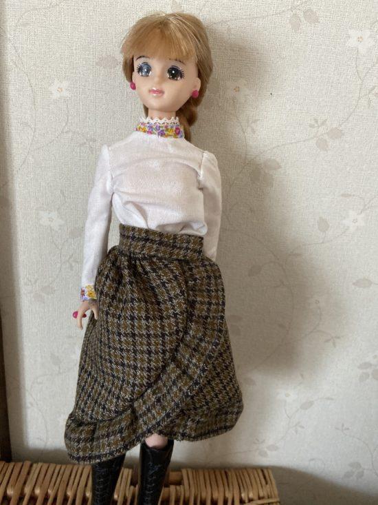 ドール服、簡単にできるフリルがかわいい巻きスカートの作り方