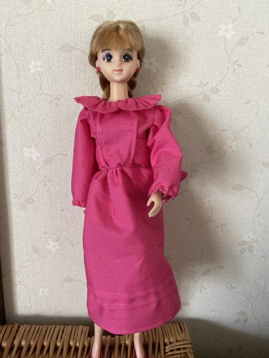 ドール服、襟もとフリルが断然かわいいワンピース作り方