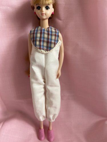ドール服、つなぎのキュートさが際立つロンパースの作り方