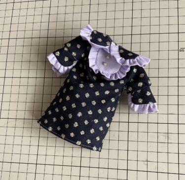 ドール服大きめの衿とフリルたっぷり、ラブリーなワンピースの作り方