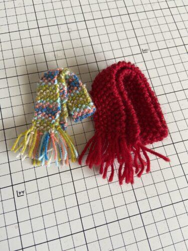 ドール服、初心者におすすめボコボコ感がかわいいマフラーの編み方