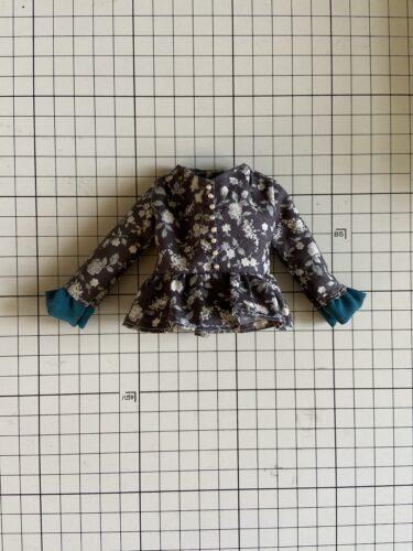 ドール服、簡単でかわいい!!ぺプラムブラウスの作り方